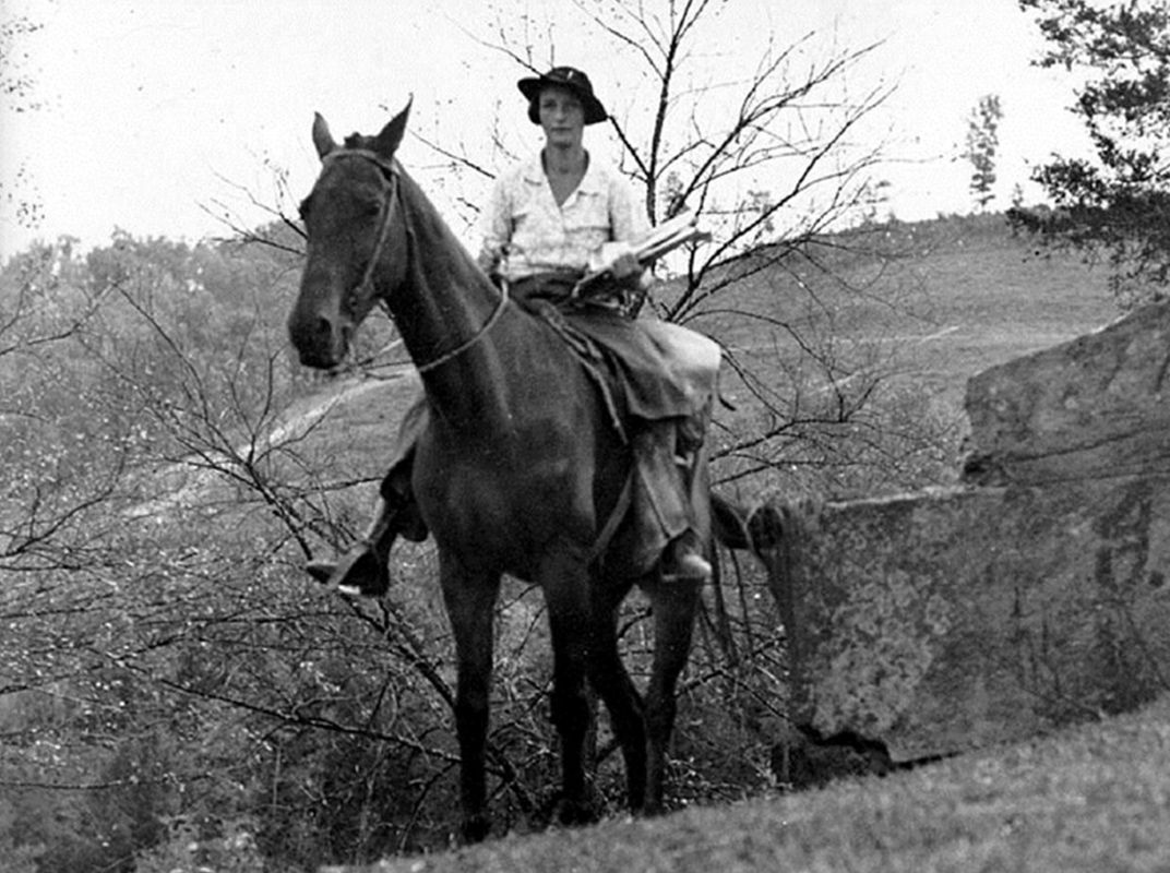 Horse Riding Librarians Were the Great Depression's Bookmobiles