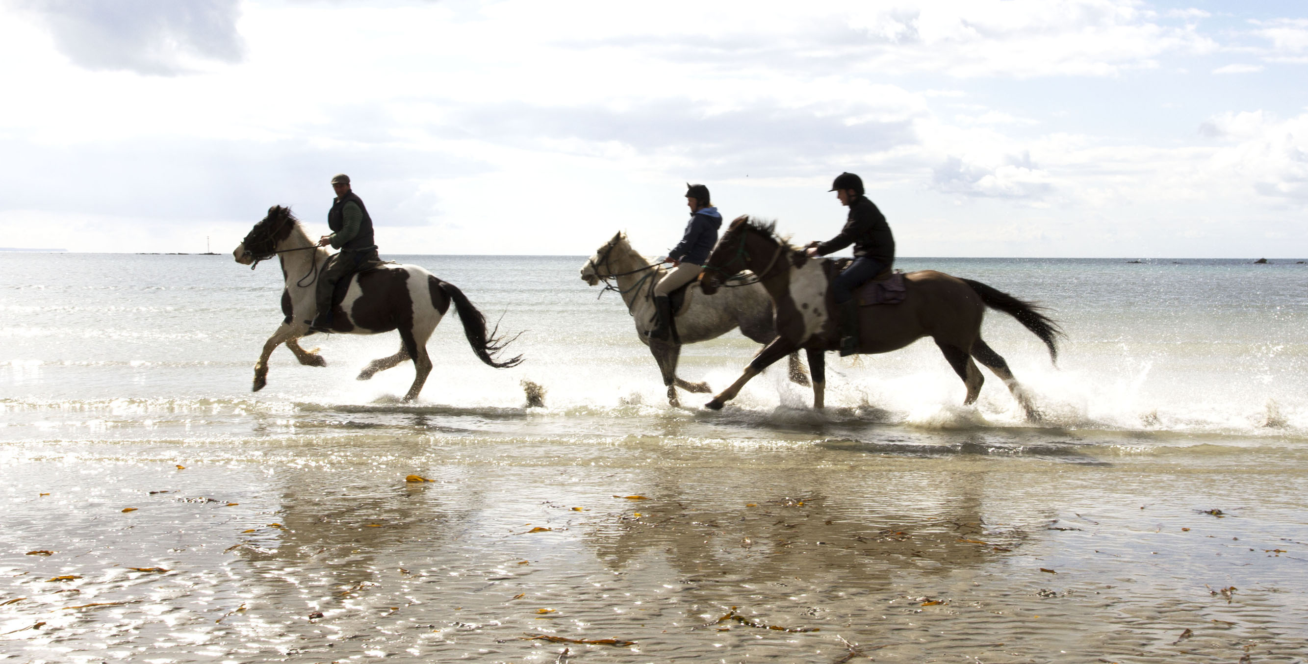 Beach Ride Cornwall from £335pp