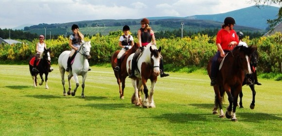 Language and riding in Scotland from £765pp